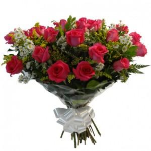 Buquê de 24 rosas rosa