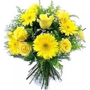 Buquê de Rosas e Gerberas Amarelas